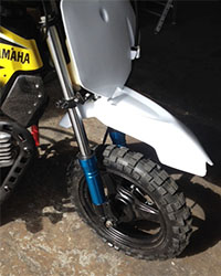 yamaha-pw50-mx-white-front-fender-close1