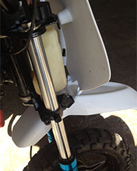 yamaha-pw50-mx-white-front-fender-close2