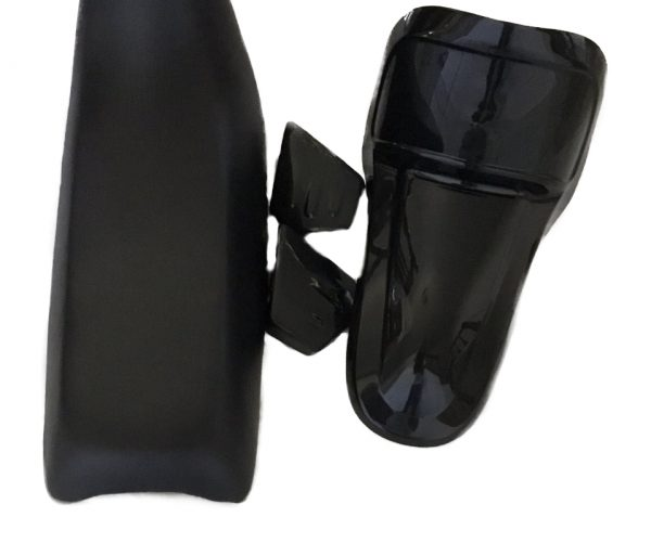 PW50 BLACK SEAT WITH BLACK FRONT FENDER AND BLACK TANK COVER